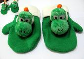 Super Mario Bros Yoshi Plush Gloves - MLGL9290